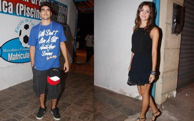 Caio Castro e Sophie Charlotte se reuniaram com os colegas de elenco para comemorar o sucesso de