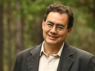 Dr. Augusto Cury falará sobre Excelência Emocional e Profissional na manhã de sábado (25).