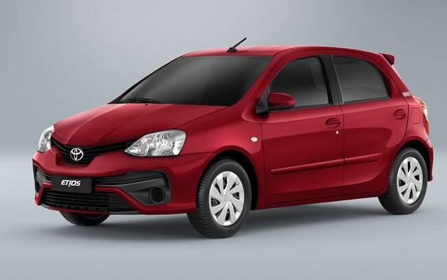 O Toyota Etios Ready quer conquistar o público jovem, com o novo design da versão Platinum. Conta com motor 1.5 e câmbio automático