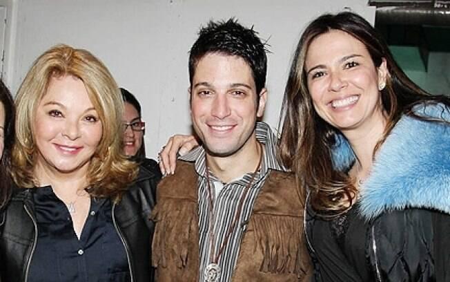 Vera Gimenez em julho, quando esteve em São Paulo para prestigiar o filho Marco Antônio Gimenez na companhia da filha Luciana Gimenez