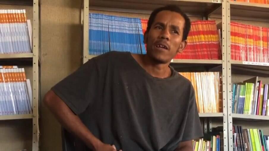 Alain Reis de Santana, Caseiro de fazenda onde Lázaro se escondeu