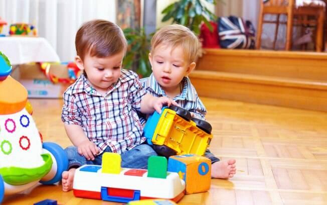 """""""Existem diversas escalas mostrando as habilidades da criança de acordo com sua faixa etária"""