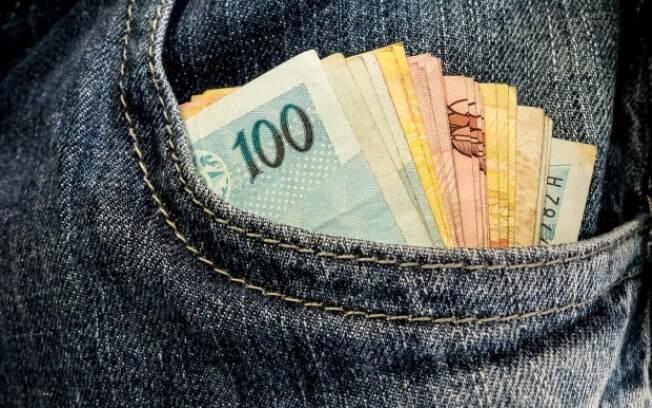Prêmio da Mega-Sena está acumulado há 10 concursos e pode chegar a R$ 70 milhões neste sábado