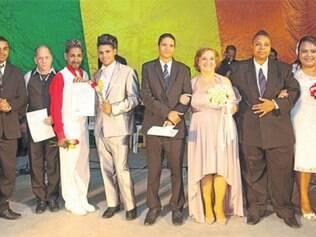 Realizado na Casa da Cultura Josefina Bento, na última sexta-feira (15), o primeiro casamento gay da história da cidade. Parabéns!