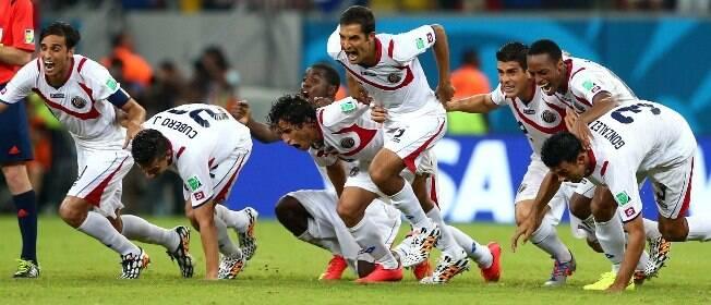 Surpresa da Copa, Costa Rica bate a Grécia nos pênaltis e vai às quartas