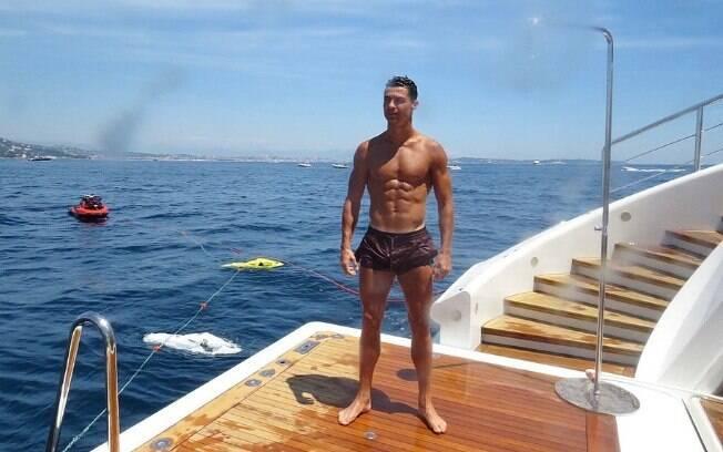 Cristiano Ronaldo durante suas férias na Europa