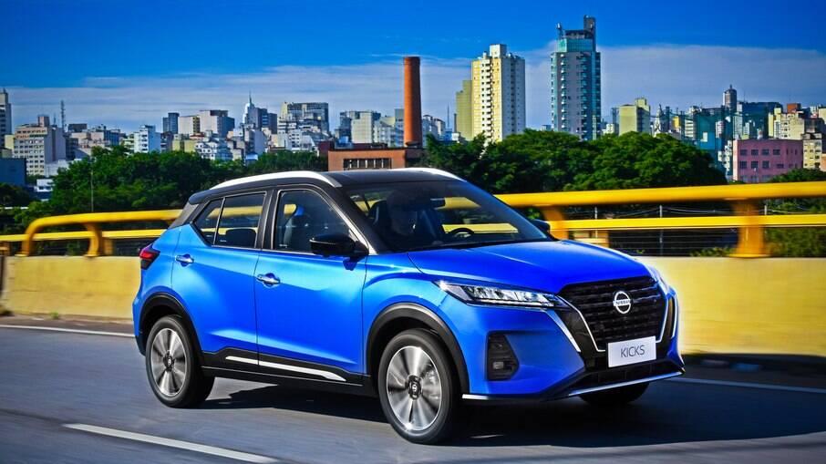 Nissan Kicks 2022: SUV passa a ter novo visual que inclui grade dianteira maior e faróis estreitos entre os destaques