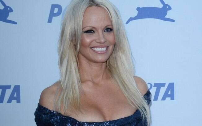 Pamela Anderson terminou com Jon Peters