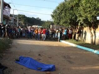 João Batista, de 20 anos, foi morto com 15 tiros no início da tarde de ontem, no bairro Icaivera, em Betim, que teve outro homicídio