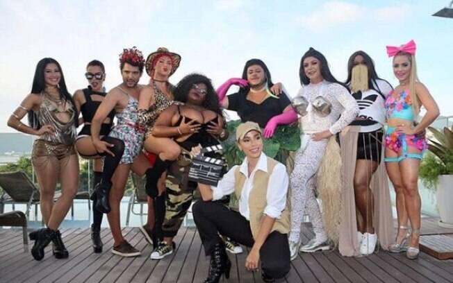 No Rio de Janeiro, Anitta realiza Bloco das Poderosas e reúne diversas celebridades