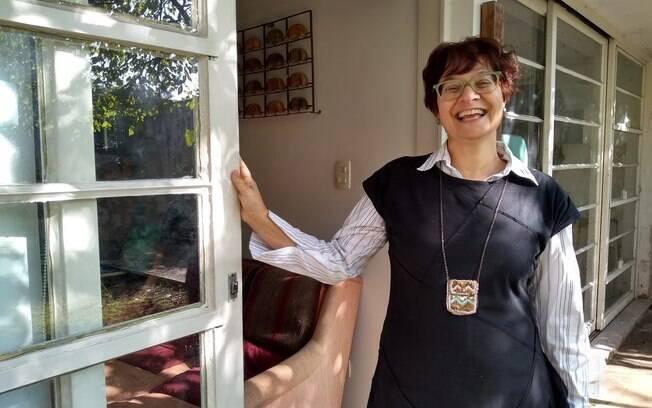 Beatriz Miranda é anfitriã do Airbnb e recebe gatos, cachorros e famílias: ˜as pessoas se sentem em casa