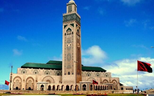 93% dos marroquinos disseram ser religiosos, o que deixou o país em 5º na pesquisa. Na foto, a mesquita Hassan II.. Foto: Andrew E. Larsen/Flickr