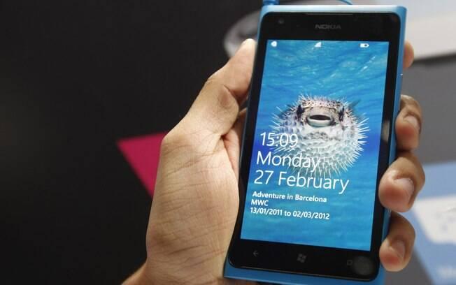 Lumia 900 é um dos smartphones da Nokia com Windows Phone