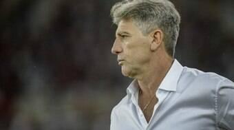 Flamengo pode ter terceiro desfalque em decisão na semifinal