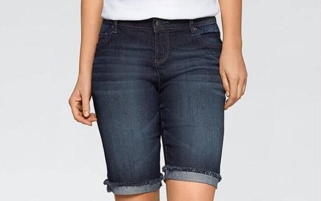 Bermuda Jeans Azul por R$ 79,90 na promoção