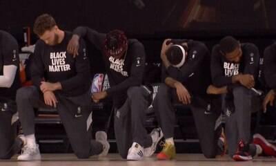 Trump critica jogadores que se ajoelharam durante o hino dos EUA