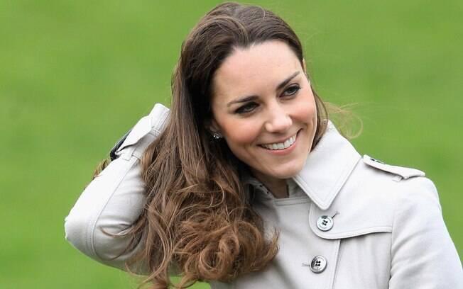 Após especulações durante algumas semanas, um porta-voz da família real confirmou que Kate estava grávida em 3 de dezembro de 2012