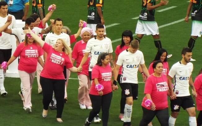 Corinthians também fez ações para o Outubro Rosa. Arena receberá exames para o Novembro Azul
