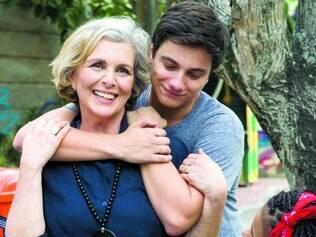 Família. Irene e Cadu não escondem a alegria pela oportunidade de atuarem juntos na televisão
