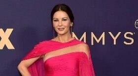Confira os looks que já passaram no tapete vermelho do Emmy Awards