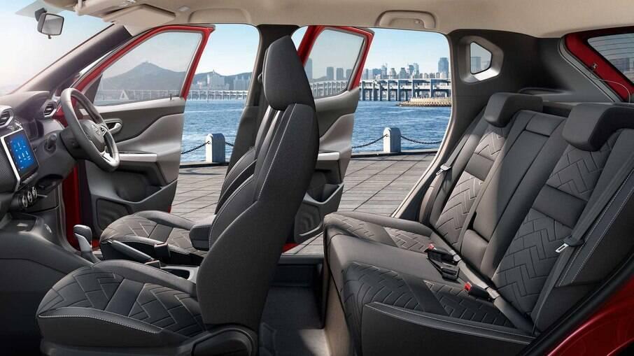 O espaço interno do Nissan Magnite; SUV subcompacto tem 2,50 m de distância entre-eixos