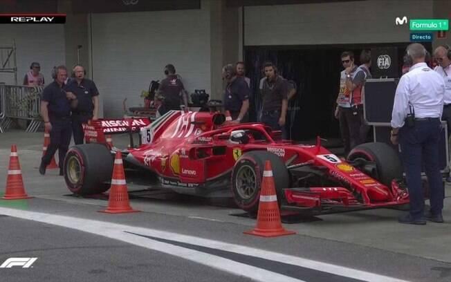 Vettel não desligou os motores durante pesagem e quebrou equipamento