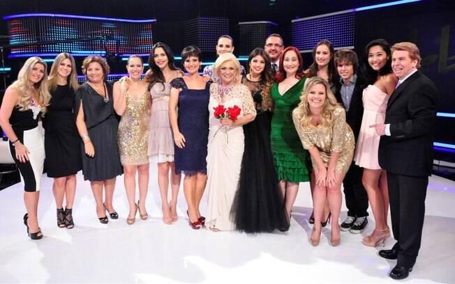 Hebe Camargo  e seus convidados no programa especial de aniversário