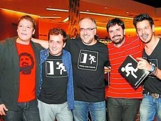 Grupo. Os criadores do humorístico, Fabio Porchat, Gregório Duvivier, Antonio Tabet, Ian SBF e João Vicente de Castro
