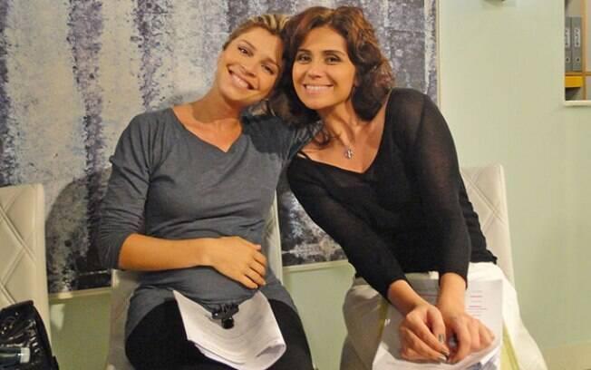 Grazi Massafera e Giovanna Antonelli ensaiam para as gravações de