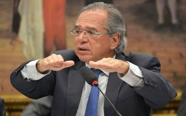 """Sobre o fracasso da capitalização no Chile, Paulo Guedes respondeu ironicamente: """"Acho que a Venezuela está melhor"""