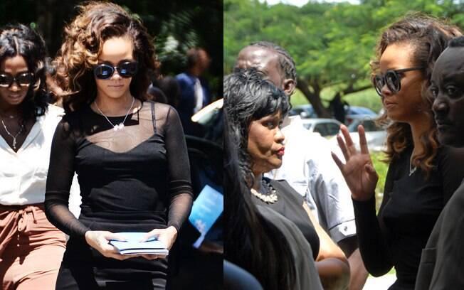 Rihanna em um funeral em Barbados