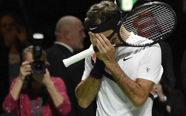 Federer chora ao voltar a ser número 1 do mundo