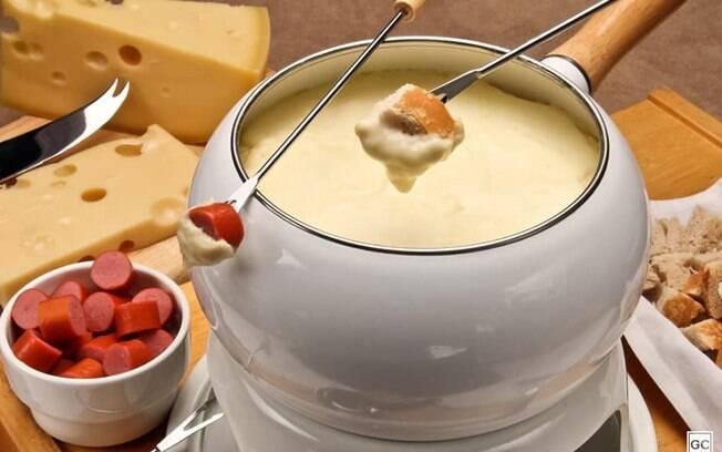 Dia dos Namorados: receitas de fondue para surpreender a pessoa amada