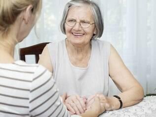 Conselho de vó: choque de gerações pode resultar em conselhos furados
