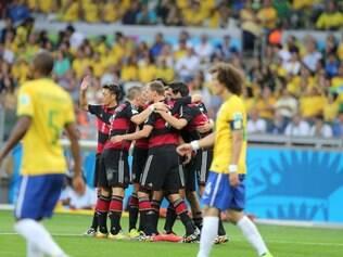 Alemanha atropela Brasil e marca cinco gols apenas no primeiro tempo