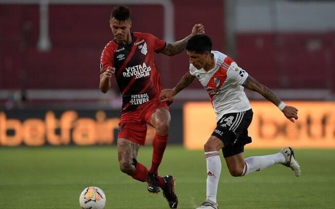 River Plate vence e garante vaga na próxima fase da Libertadores