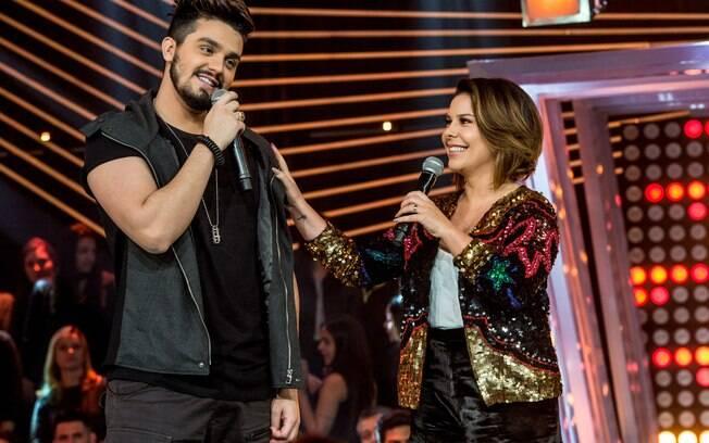 Fernanda Souza e Luan Santana testam suas habilidades como apresentadores na TV aberta em