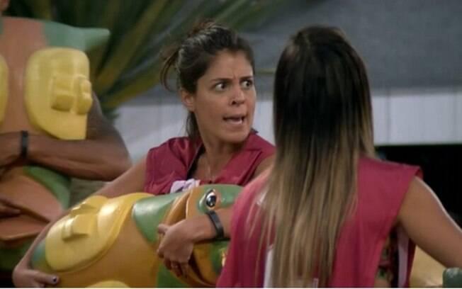"""Bella e Diego discutem: """"Eu falo o que eu quiser"""""""