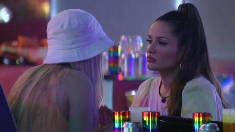 Juliette e Viih Tube discutem durante a festa