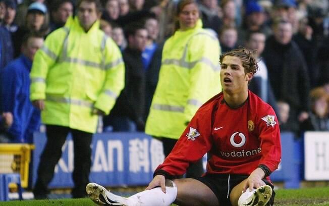 Aos poucos, português foi ganhando espaço no  time de Alex Ferguson