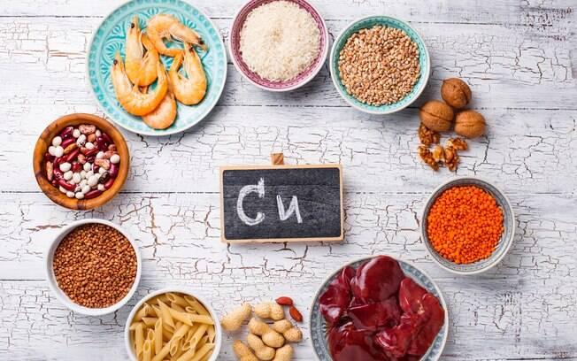 Sais minerais essenciais: o cobre está disponível em alimentos como leguminosas, nozes, sementes e fígado de boi