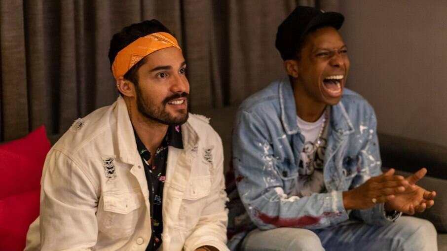 Lucas e Arcrebiano fizeram uma live para assistir à eliminação