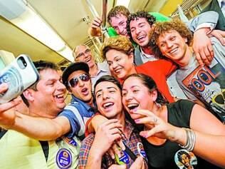 Mania. Campanha de Dilma Rousseff estimula selfies em todas as agendas da candidata à reeleição