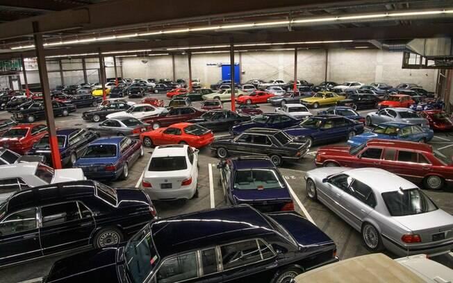 Carros de colecionador se reúnem em acervo diverso que promete fazer a cabeça dos entusiastas