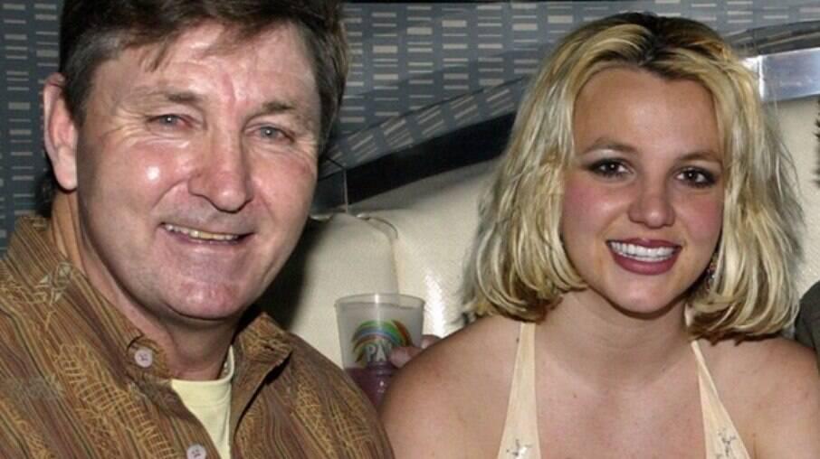 Jamie Spears é atualmente o conservador da tutela da artista