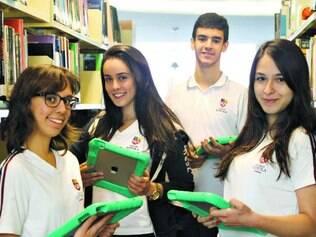 Recursos.Colégio da região Centro-Sul da capital adquiriu 40 tablets para alunos usarem em sala