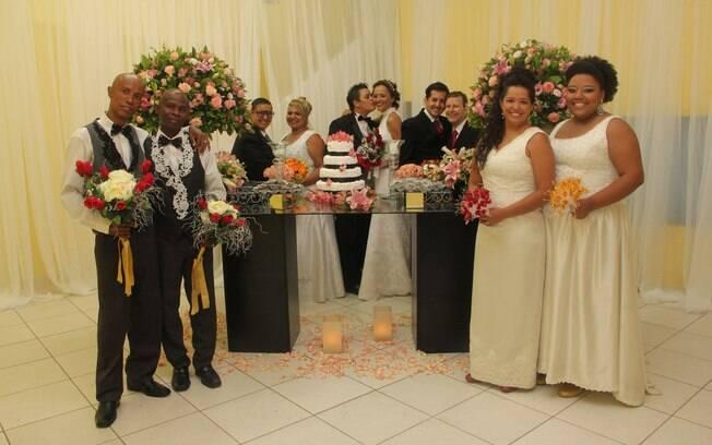 Cinco casais evangélicos se casaram na Igreja Cristã Contemporânea