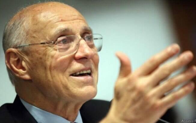 O petista Eduardo Suplicy aparece em primeiro lugar na pesquisa para o Senado em São Paulo