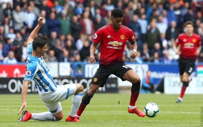 Huddersfield e Manchester United empataram em 1 a 1