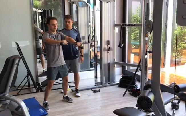 Felipe Massa treina firme para mais uma temporada da F1